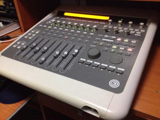 y CAMBIO  Digi 003 Consola (mesa)