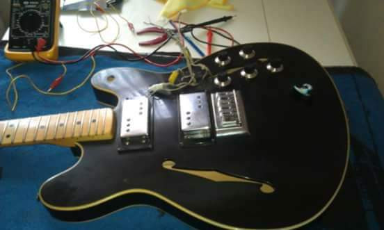 Luthier-electroluthier (Madrid)