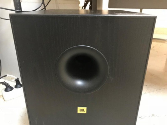 Subwoofer jbl activo con crossover
