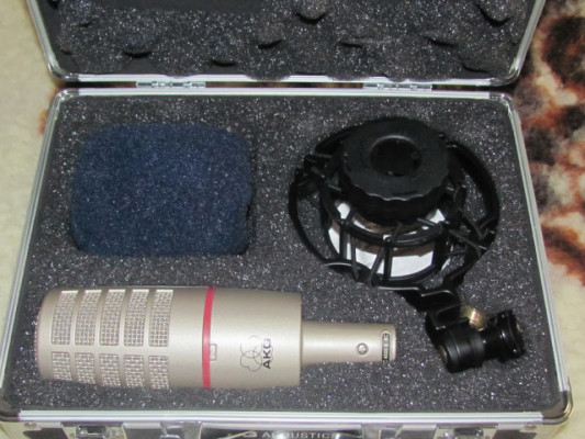 AKG C4500 micrófono condensador
