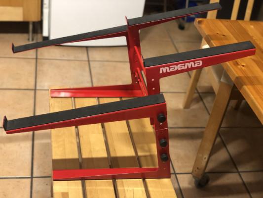 Magma DJ Stand para Controlador y Portátil