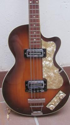 1967 Höfner Club 500/2 Bass