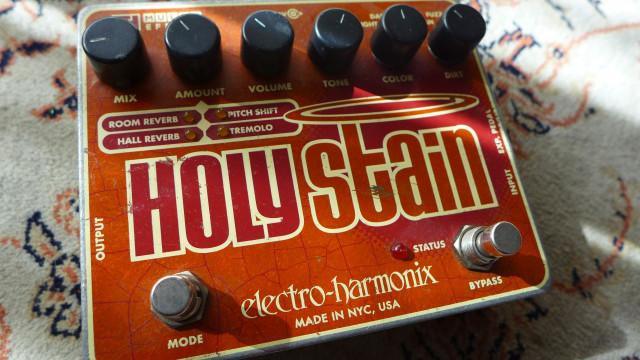 Electro-Harmonix Holy Stain. 5 en 1.