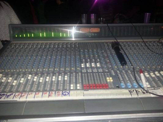Soundcraft venue II