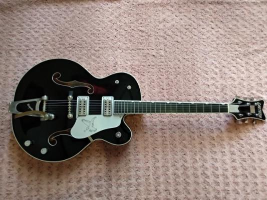 Guitarra Gretsch Silver Falcon G6136TSL