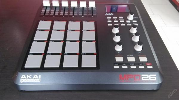 AKAI PROFESSIONAL MPD26