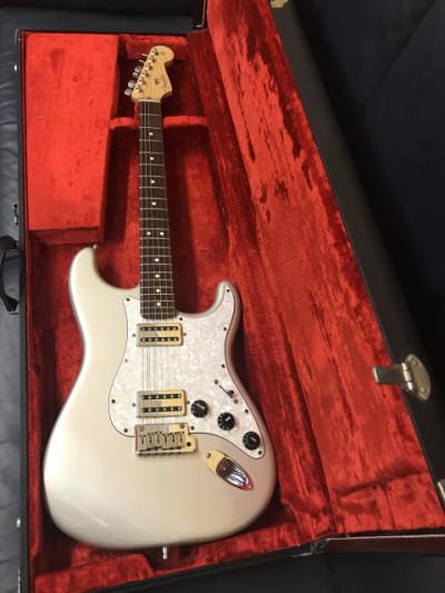 Nuevos cambios Fender Stratocaster American Standard