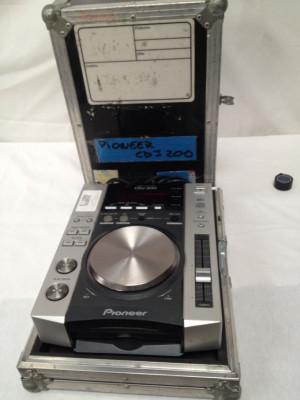 PAREJA CD PIONEER CDJ-200