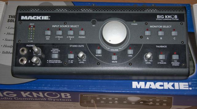 Mackie Big Knob Pro - Controlador de auriculares y monitores