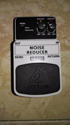 (o vendo por 16) Behringer Noise Reducer NR300