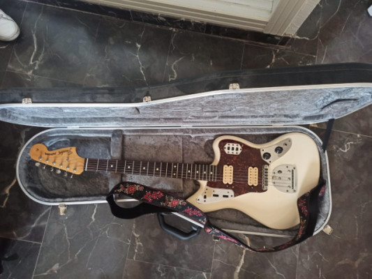 Fender Jaguar HH modificada con set Dimarzio Kurt Cobain