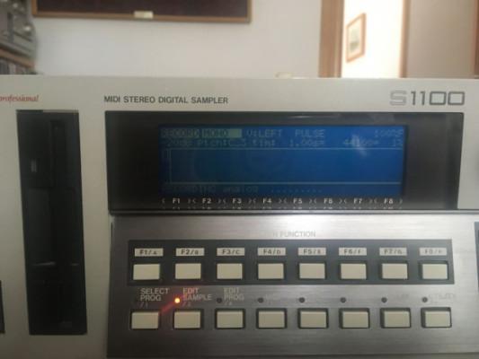 busco técnico para reparar un AKAI S1100 en Valencia