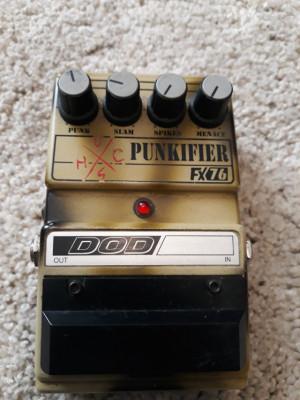 Pedal distorción DOD fx76 punkfier