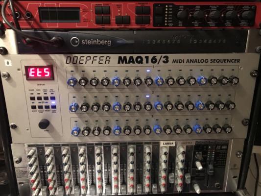 Doepfer MAQ16/3 secuenciador analógico