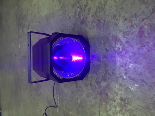 Foco luz negra UV 400W Showtec
