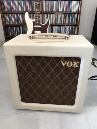 Vendo amplificador Vox AC4TV (sólo venta)