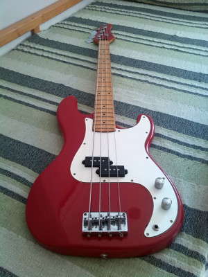 CORT Electric Bass