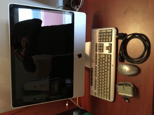 """iMac A1224 24"""" de 2009 hasta con SSD y HDD"""