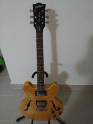 Guitarra tipo 335 Collins blues master