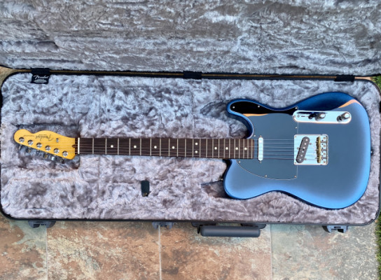 Fender American Professional II Telecaster Dark Knight.