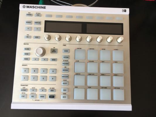 Maschine MK2 white