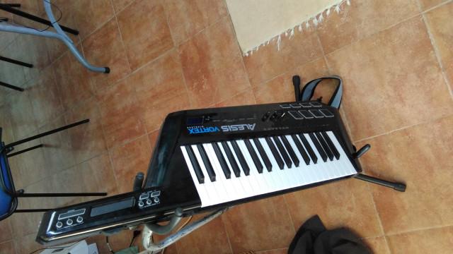 Teclado Alesis Vortex Wireless