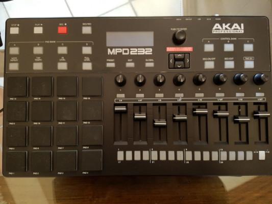 Akai mpd232 nuevo! Solo 1 uso