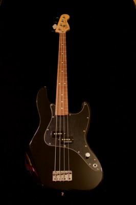 Fender Mark Hoppus Precision Bass