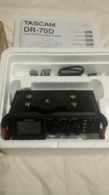 Tascam DR70 Handheld recorder