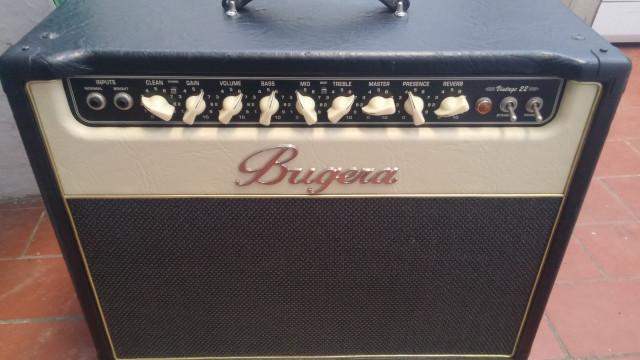 Amplificador combo valvular Buguera V22