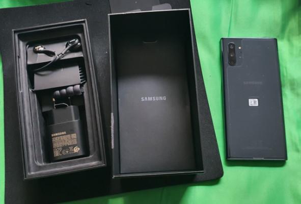 Samsung Galaxy Note 10 Plus, 12GB de Ram y 512GB de almacenamiento