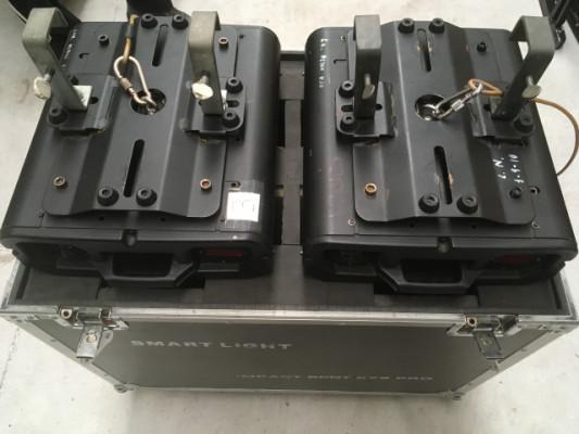 Cabezas móviles con flightcase.