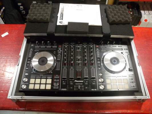 PIONEER DDJ-SX + FLIGHT CASE MAGMA