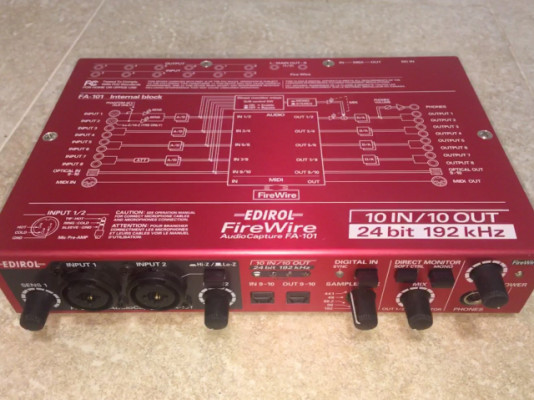 Tarjeta de sonido Roland FA-101
