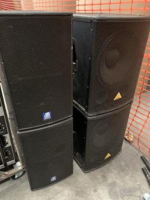 "Subs Behringer 15"" y altavoces dB Tech Flexys12"