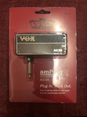 2 Mini amplificadores vox unplug2