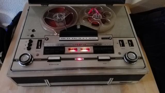 Magnetófono GRUNDIG HI-FI Tk341 Deluxe