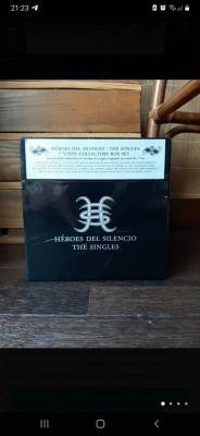 Caja singles vinilo Heroes Del Silencio
