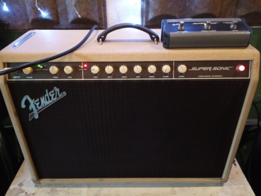 Fender Supersonic USA. 60 w.