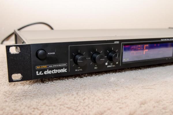 TC Electronics M-One Dual Effects Processor