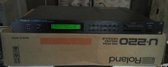 Módulo RS-PCM Roland U-220