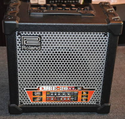Roland Cube 20XL