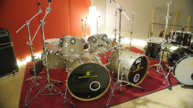 Venta backline de estudio. DW, Yamaha , Grestch, Latin Percusion, Zildjian