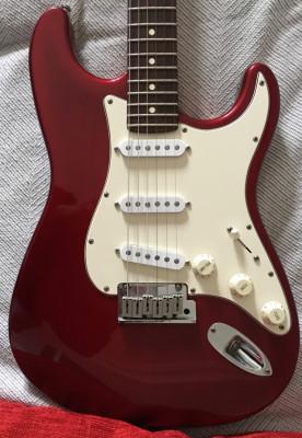 FENDER stratocaster standard USA del 96 RESERVADA