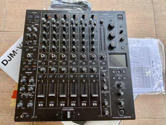 Mesa de Mezclas Pioneer DJM V10