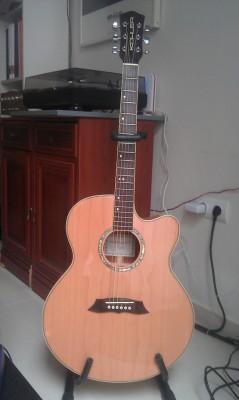 Guitarra electroacústica Kohler