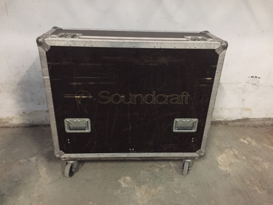 Soundcraft expression con flightcase