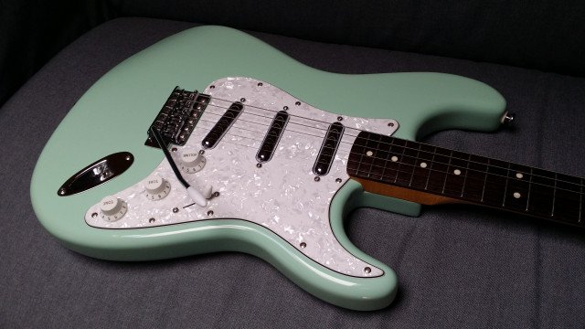 Squier Surf Green Vintage Modified - Como nueva