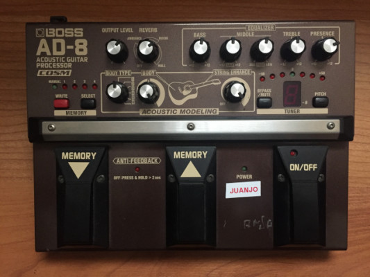 BOSS AD-8 Acoustic Guitar Procesor Effects Pedal