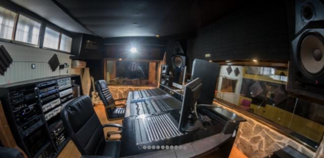 Estudio de Grabación profesional en Madrid con Hammond B3 y Otari MX80 analógico